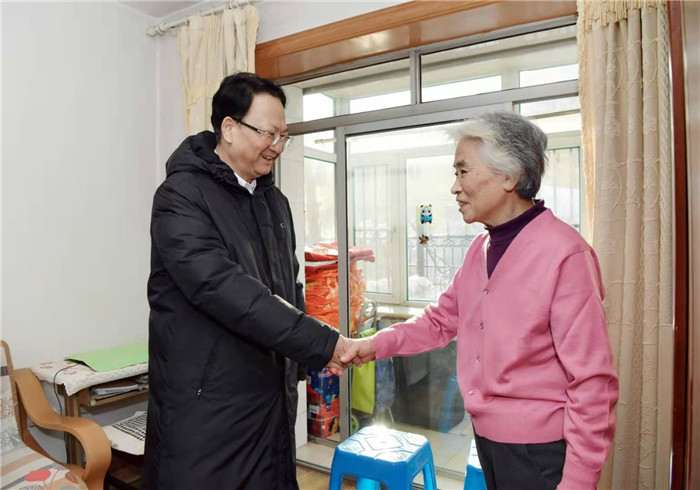 景俊海在长春市调研:坚决打赢抗击暴雪冰冻灾害这场硬仗